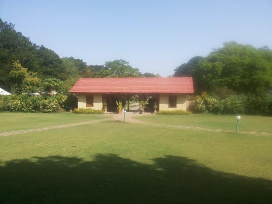 Shanku's Water Park: The serene Mughal Gardens
