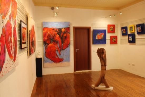 sch ne galerie galeria arte algarve ferragudo reisebewertungen tripadvisor. Black Bedroom Furniture Sets. Home Design Ideas
