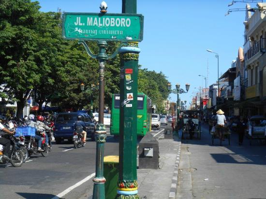 malioboro road jalan yogyakarta