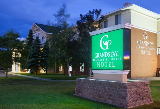 GrandStay Residential Suites Hotel St Cloud: Welcome to your New Home!