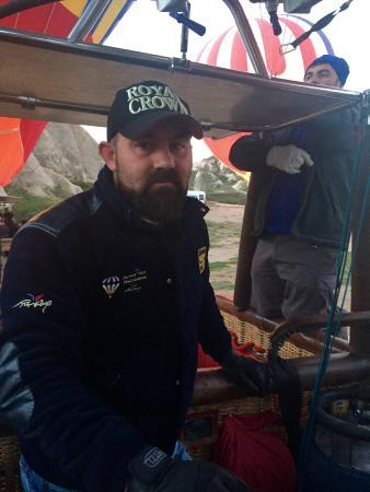 Atmosfer Balloons : Osman Uslu: Atmosfere pilot