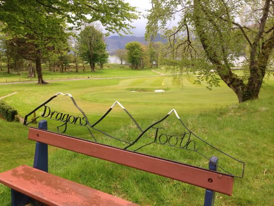 The Dragons Tooth Golf Course: Fantastic golf course in a terrific environment. Cosy club house with friendly people, good food