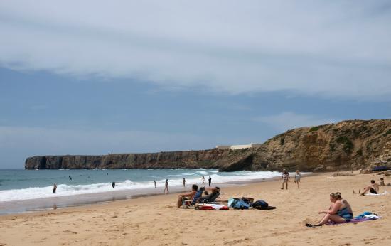 Raposo: Der Mareta Strand im Zentrum von Sagres