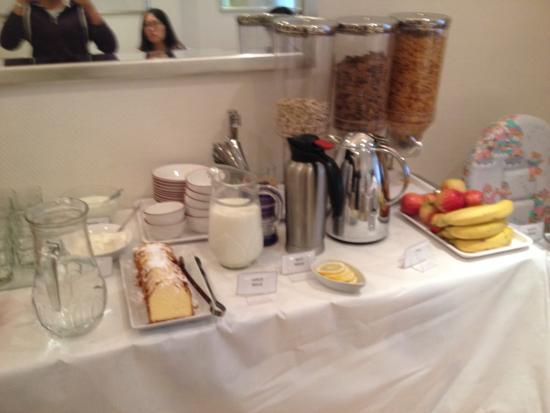 Amsterdam Hotel: colazione