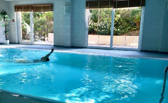 Hotel Pasewalk: Schöner Pool Bereich mit Sauna und Whirlpool
