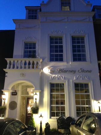Blarney Stone Guesthouse: street view