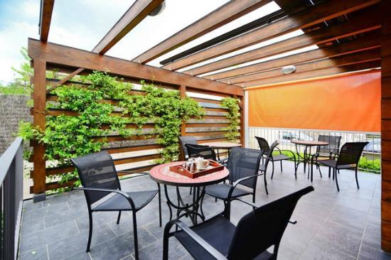 Salut l'Om Hotel: Terraza