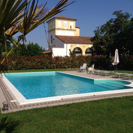 Residence Ca Beregana: Piscina