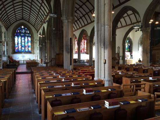 St. Andrew's Church: Inside