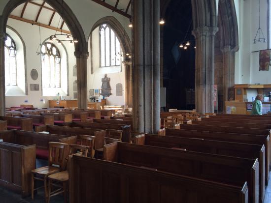St. Andrew's Church: Inside 2