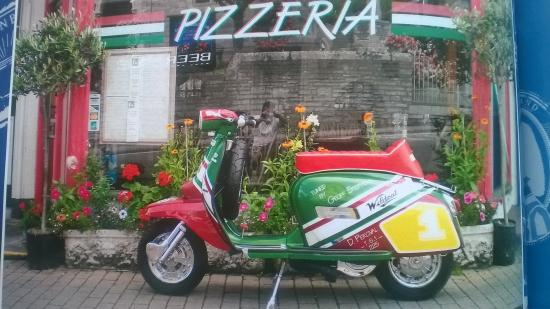 Gina's Italian Restaurant: found this place on my lambretta so we had to eat here as it was Italian and the food was