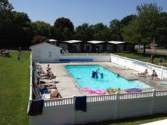 Nader's Motel & Suites : Beautiful afternoon at Nader's