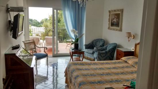 Casa Morgano: Quarto, espaçoso e cama mioto confortável