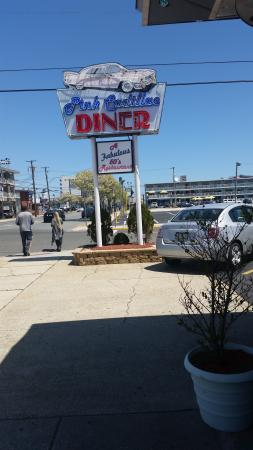 Pink Cadillac Diner : great place