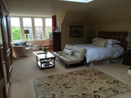 Claremont House: Large double room