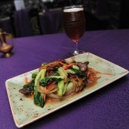 Royal Villa Chinese Restaurant : Beef & Mixed Greens Special