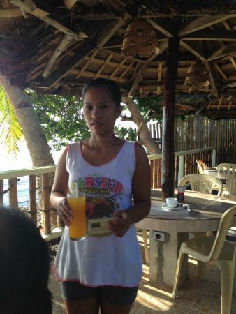 Leyte Dive Resort: Service
