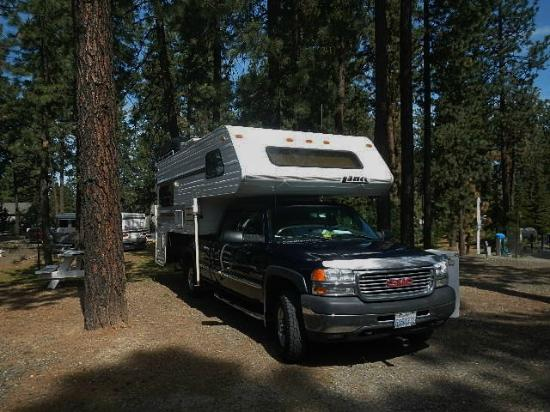 Ponderosa Falls RV Resort: KM RV Ponderosa Falls campground, 5-18-2015