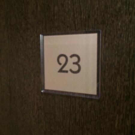 Premier Inn London Gatwick Airport East (Balcombe Road) Hotel: Room Number