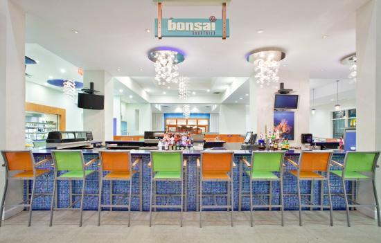 H2O Cajun Asian Grill: Bonsai Sushi Bar