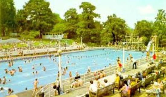 Tham Gardens The Outdoor Swimming Pool Sadly Gone Now