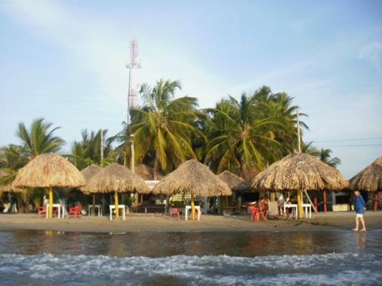 Kioscos en la playa picture of cabanas villa beatry - Cabanas en la playa ...