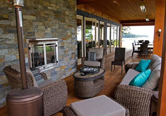 Sea Breeze Lodge: The new building