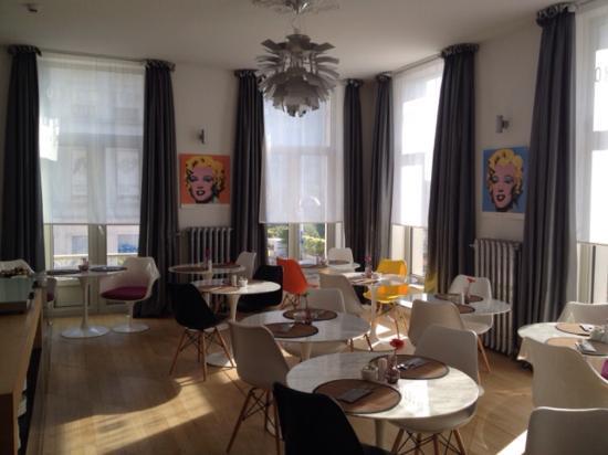 Hotel Retro: Salon