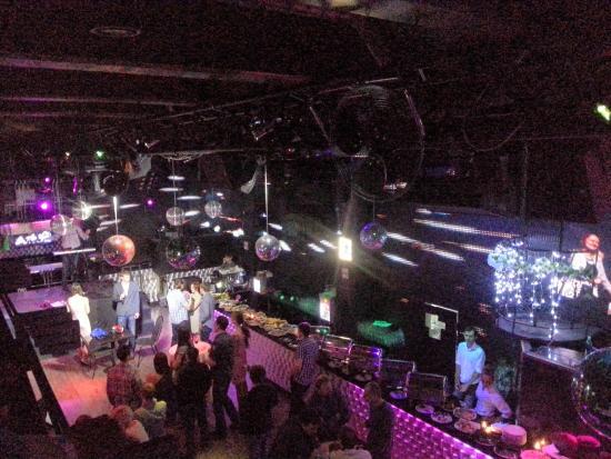2 этаж ночной клуб вакансия официант в клубы в москве