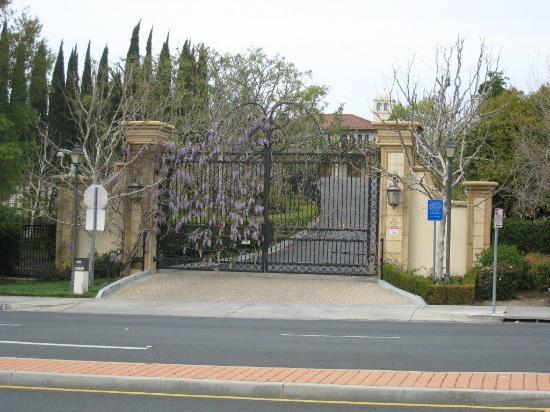 The Gardens of the World: Gardens of the World Front Gate