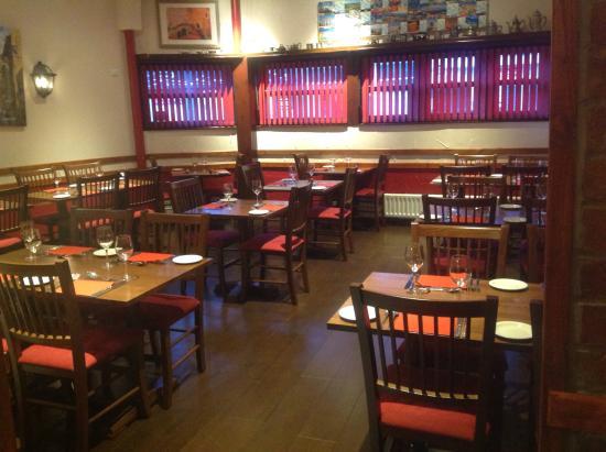Vito's Italian Restaurant: Dinning area