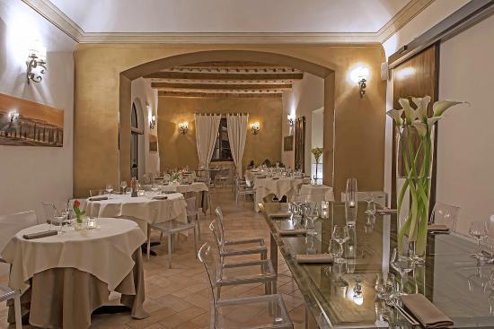 La sala del convivio - Foto di La Terrazza del Chiostro, Pienza ...