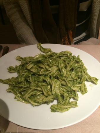 Del Papa: Pesto pasta