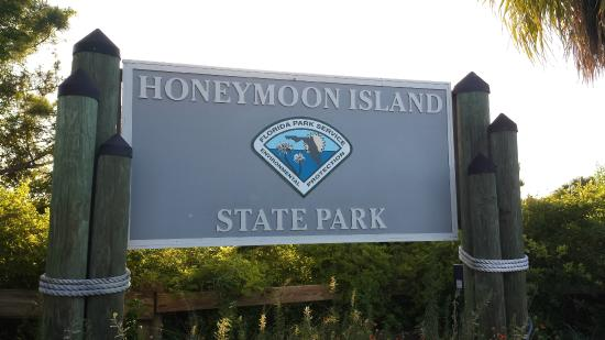 Honeymoon Island State Park Entrance Fee