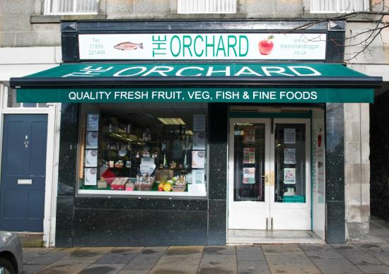 Biggar, UK: The Orchard