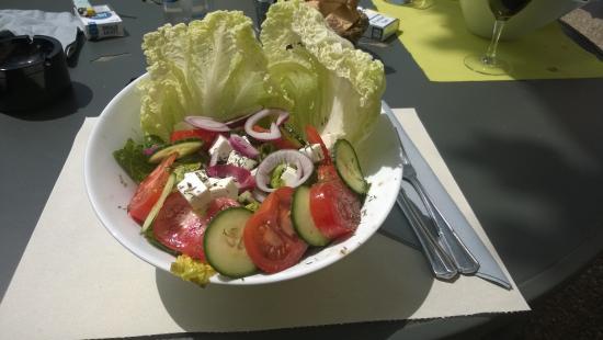 Hôtel Restaurant La Ferme : Salade Grecque de Provence