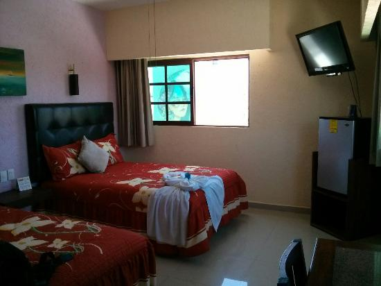 Hotel Isleño: Room 208