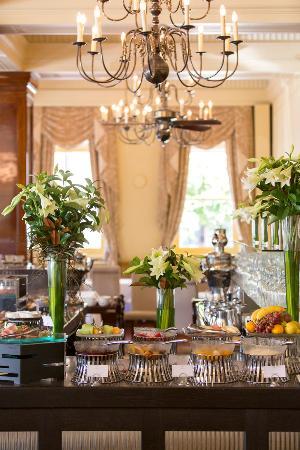 The Hotel Windsor: 111 Spring St Restaurant