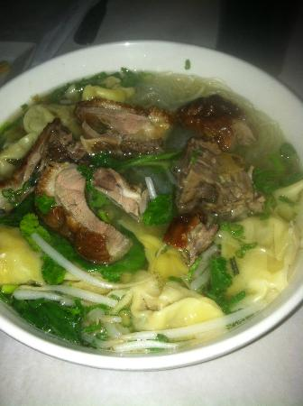 Chef Yu : Cantonese Wanton Soup with Roast Duck