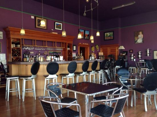 Nice Place To Visit In Baker City Review Of Earth Vine Wine Bar And Art Gallery Or Tripadvisor