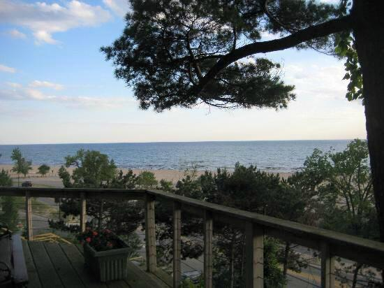 The Looking Glass Inn: View from deck