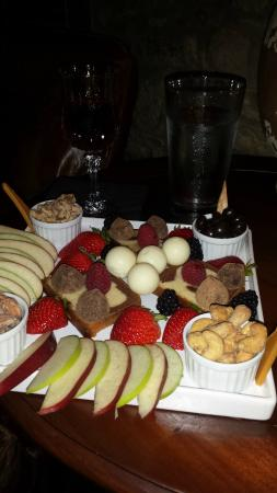The Stone House: Delicious Fruit and Dessert Tray