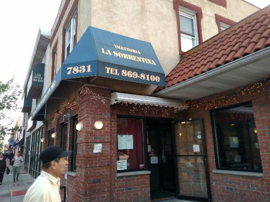 Great Home Style Italian Restaurant Review Of La Sorrentina