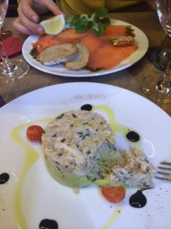 L'Atelier d'Alexandre : smoked salmon and crabe a la mexicaine