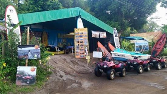 Drake Bay, Kosta Rika: Surf & Turf Turist Information Center