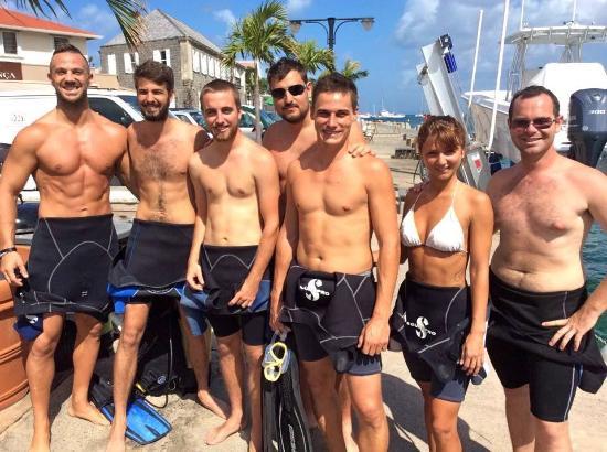 La Bulle Diving Center: Allier la plongée aux super moments entre amis