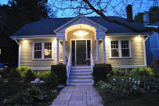 Melfort Cottage Bed and Breakfast: Melfort Cottage