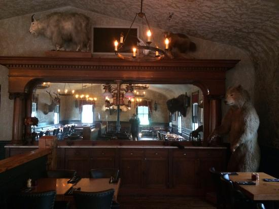 Woodman Lodge Steakhouse & Saloon: Upstairs dining room