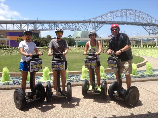 SegCity Guided Segway Tours : Green water garden