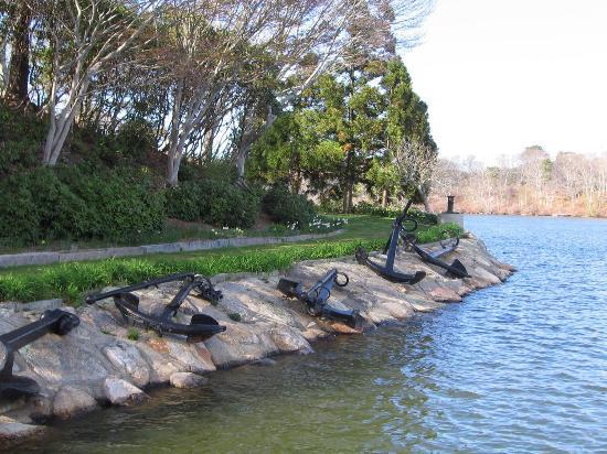 Spohr Gardens: Anchors & capstans abound